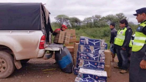 Interceptaron varios vehículos con 246 bultos de mercadería ilegal en el sur de Salta