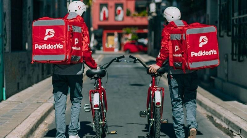 Peugeot suspendió a 2 mil trabajadores — Crisis económica