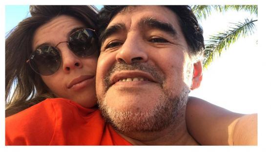 Así recibió Diego Maradona a su nieta Roma