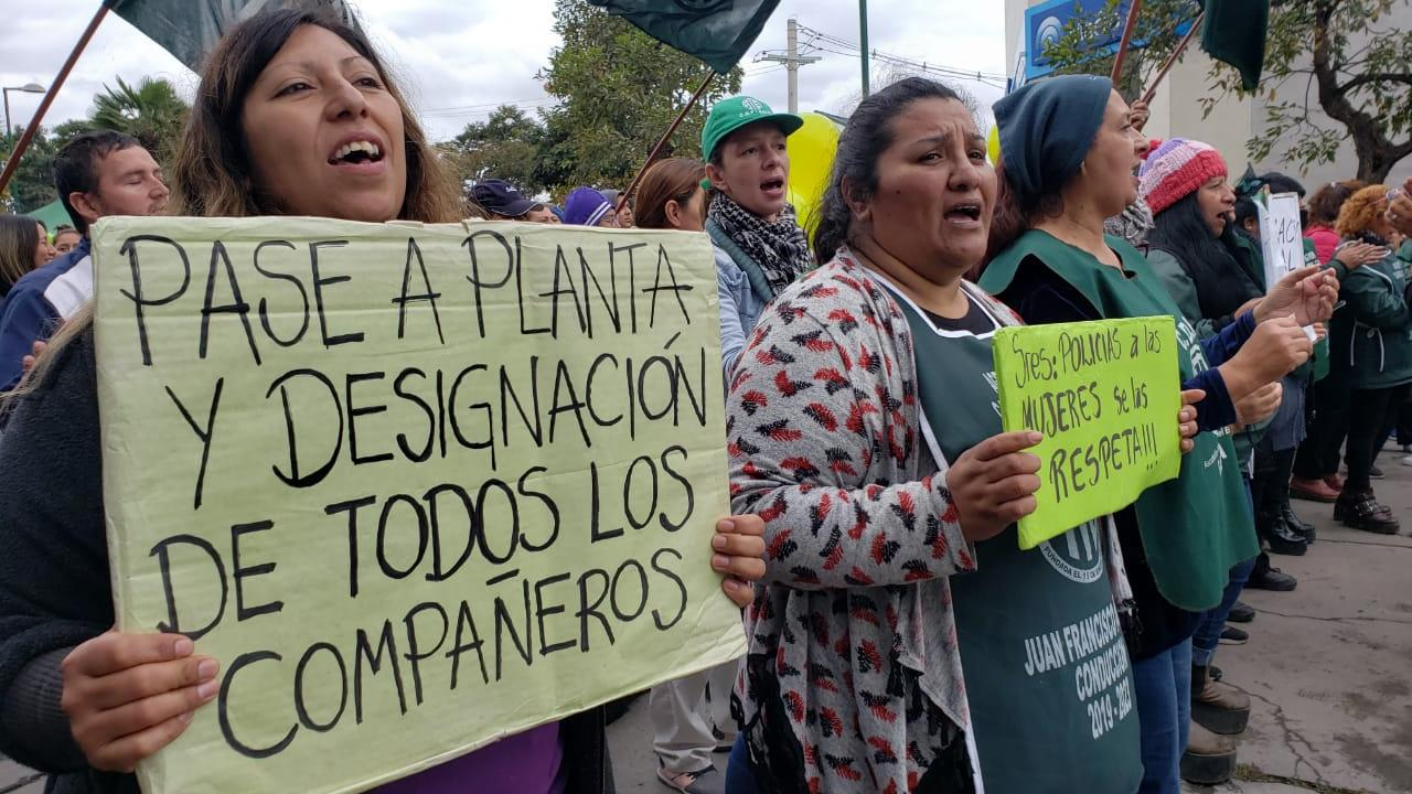 Trabajadores de la salud exigen en el Gran Bourg que el gobierno cumpla con designaciones