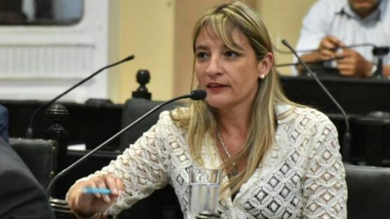 """Silvina Abilés: """"la gente no quiere volver a la corrupción ni seguir en este presente de hambre"""""""