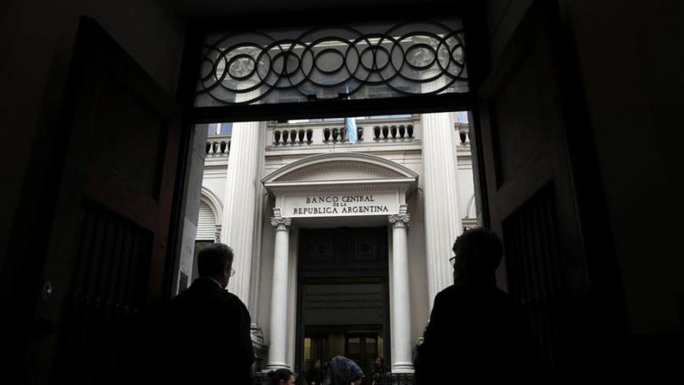 Actualidad: El Banco Central convalidó otra suba de la tasa de Leliq