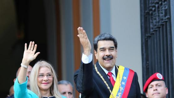 Maduro dice que Venezuela se defenderá de las sanciones