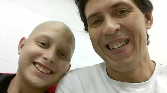 Nacho tiene 14 años y necesita más de un millón de pesos para un trasplante de médula