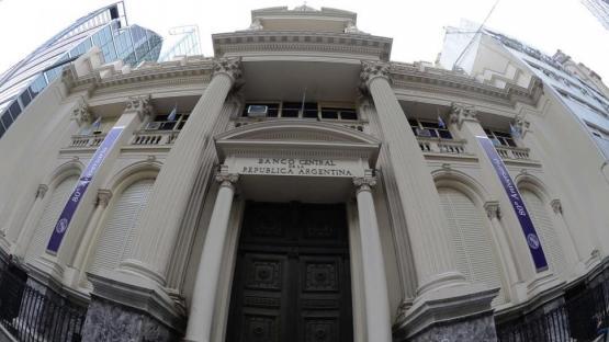 Un desafío monetario para Fernández: inflación, reservas y dólares