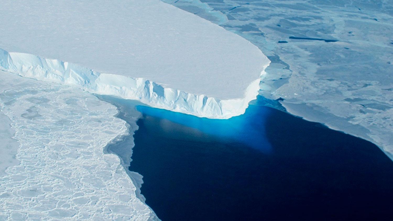 Preocupante hallazgo bajo un glaciar que alarma a los expertos