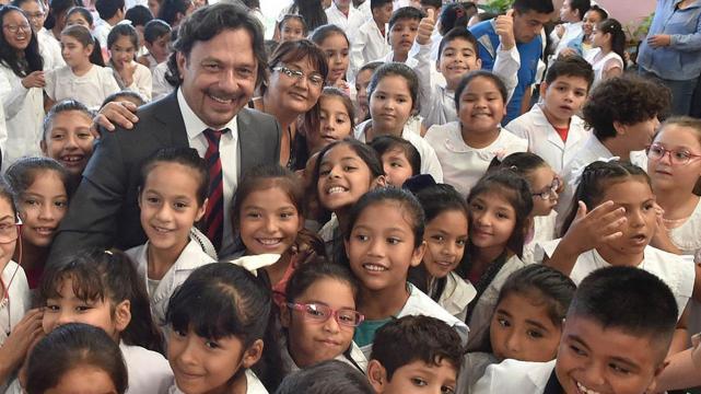 saenz educacion clases escuela alumnos chicos estudiantes colegio